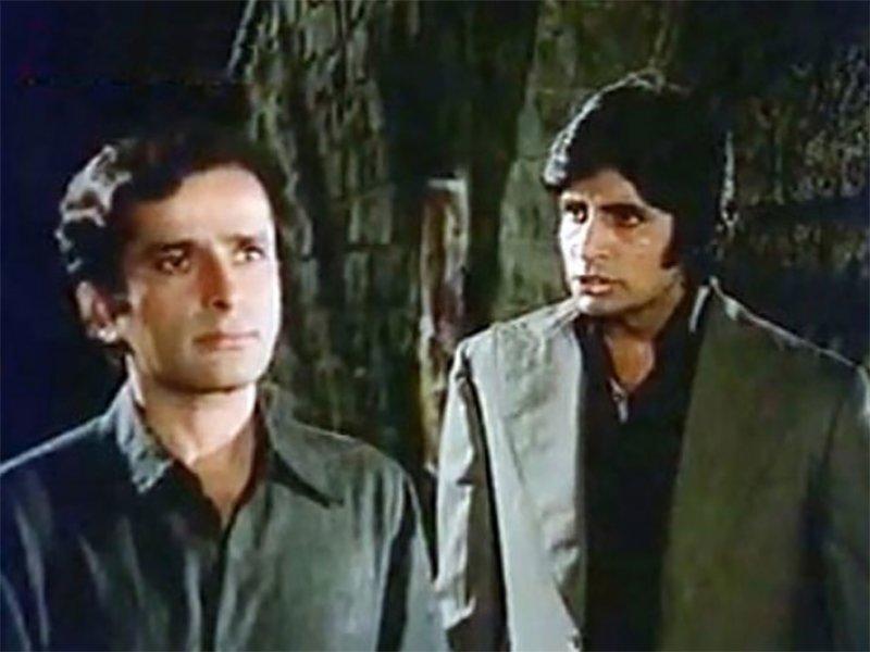 shashi kapoor and amitabh bachchan in deewar