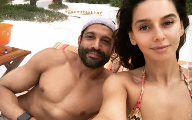 Farhan Akhtar-Shibani Dandekar's Beach Holiday Will Make You Go Green With Envy- Exciting Videos And Pictures Inside