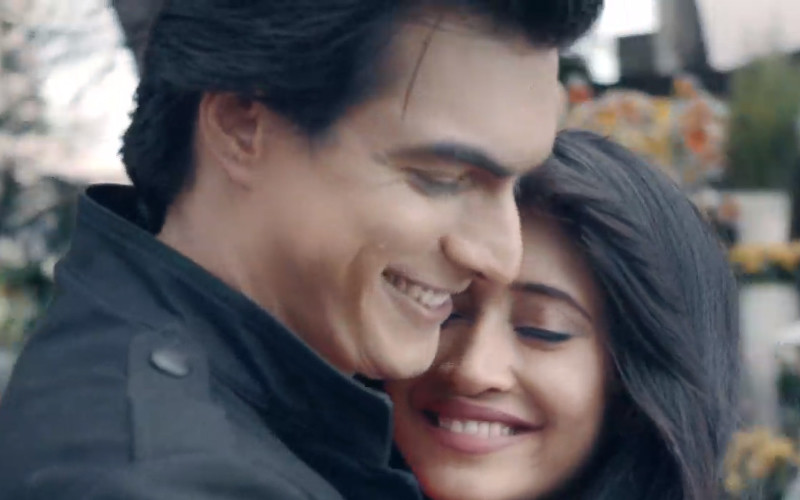 shivangi joshi along with mohsin khan