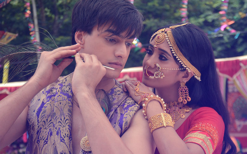 टीवी शो ये रिश्ता क्या कहलाता में राधा-कृष्ण के अवतार में दिखाई दिए शिवांगी जोशी और मोहसीन खान