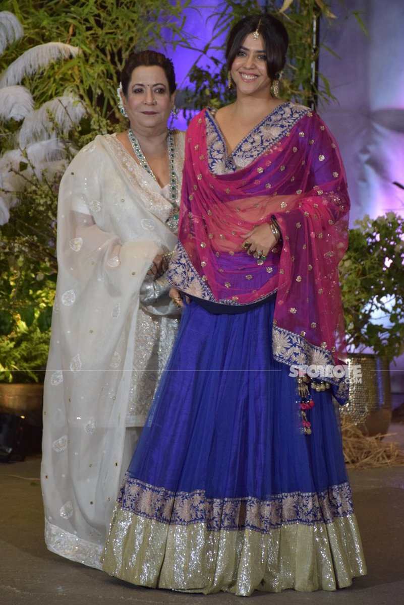 shobha kapoor and ekta kapoor at sonam kapoor wedding reception
