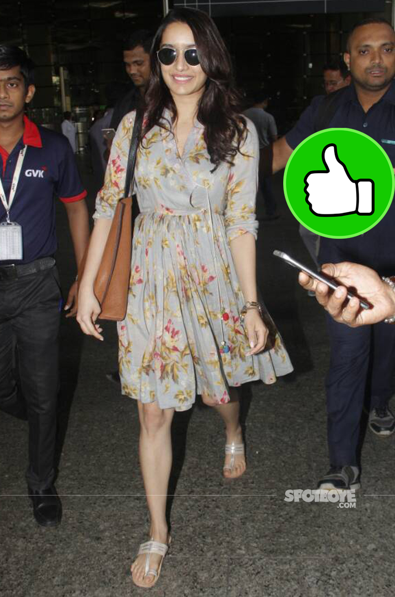 shraddha kapoor spotted at the airport