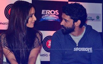Has Shraddha-Farhan 'RELATIONSHIP' Finally Got Daddy Shakti Kapoor's BLESSINGS?