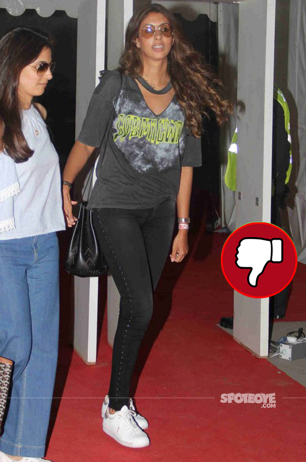 shweta bachchan looked disappointing at  justin bieber purpose world tour