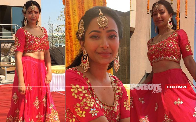 Shweta Basu Prasad's Exclusive Pictures From Mehendi Ceremony- Bride-To-Be Is All Ready For The Poolside Party!