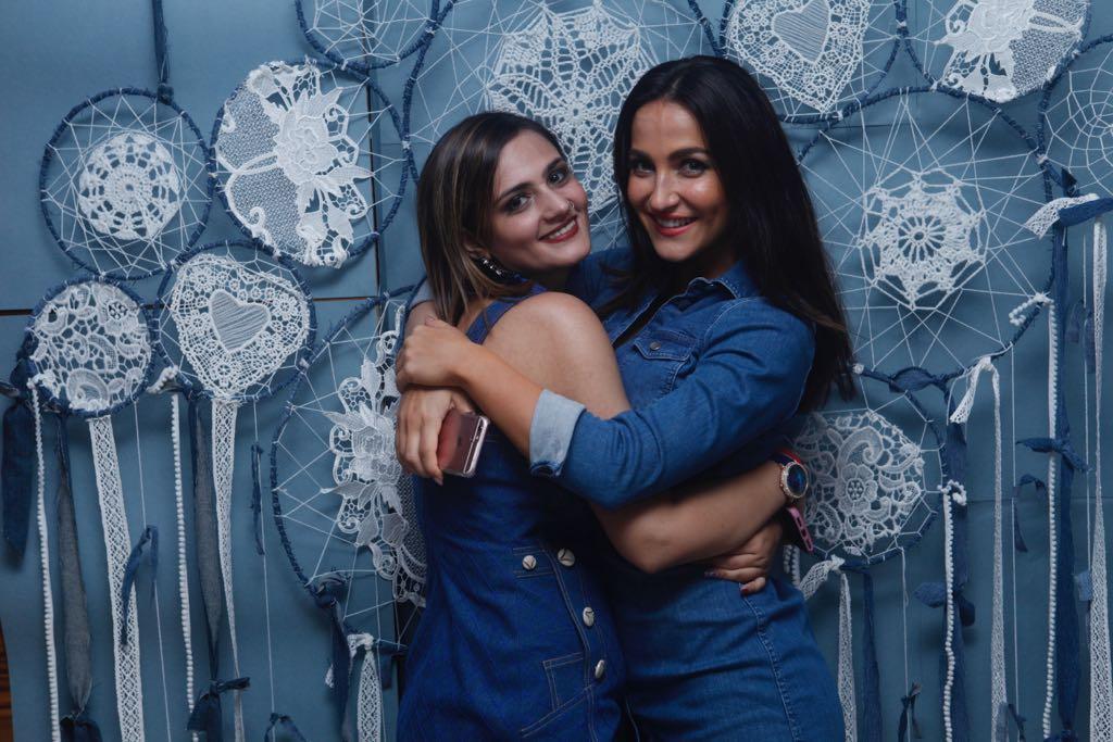 shweta rohira and eli avram hug each other