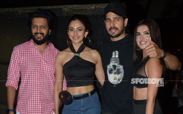 Lovebirds Sidharth Malhotra-Tara Sutaria Celebrate Marjaavaan's Wrap Up- View Pics