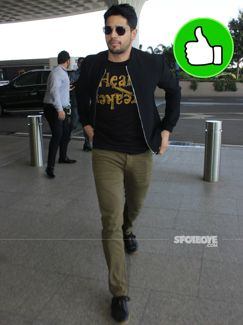 sidharth malhotra snapped at the airport