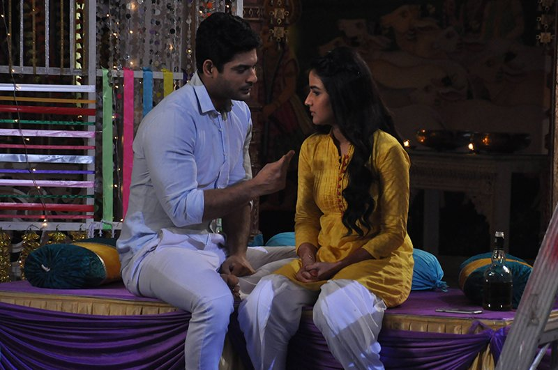 sidharth shukla and jasmine bhasin in dil se dil tak