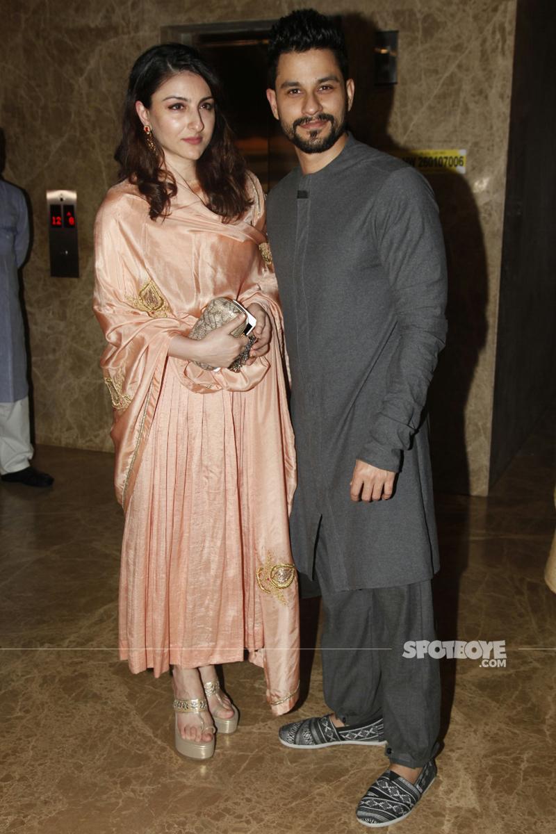 soha ali khan with kunal kapoor at ramesh taurani diwali bash