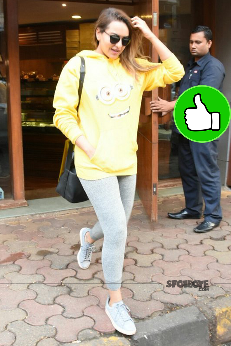 sonakshi sinha snapped in bandra