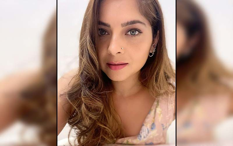 Sonalee Kulkarni's Accredits Her Dermat For Her Glowing Radiance At The Marathi Filmfare Awards 2021