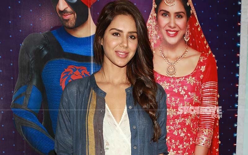 Sonam Bajwa Leaves Everyone Amazed With Her Melodious Voice; Shares A Reel Video On Instagram