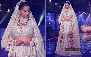 Sexy Saturday: Sonam Kapoor Slays It In A Beautiful Bridal Avatar