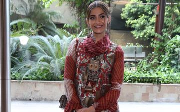 Sonam Kapoor Shares A Hard-Hitting Quote 'Never To Wrestle With Pigs'; Is She Taking A Jibe At Someone With Her Cryptic Post?