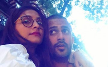 This Is What Sonam Kapoor Did For Boyfriend Anand Ahuja On His Birthday
