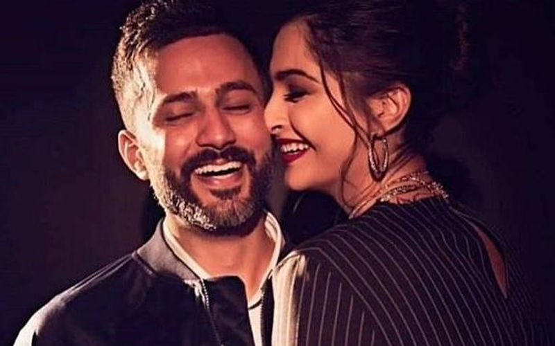 """Sonam Kapoor Misses Hubby Anand Ahuja; Writes, """"Nothing Is Worth Being Away From You"""""""