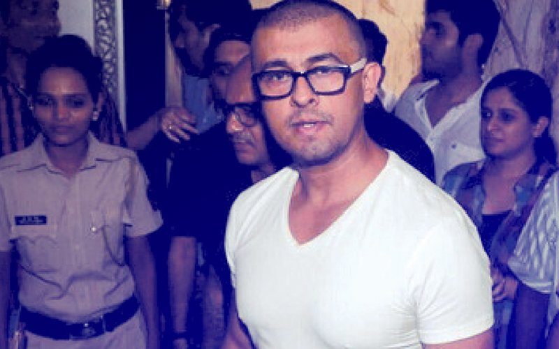 Sonu Nigam's Azaan Tweet Controversy: Why Are We Getting Dumb And Dumber?