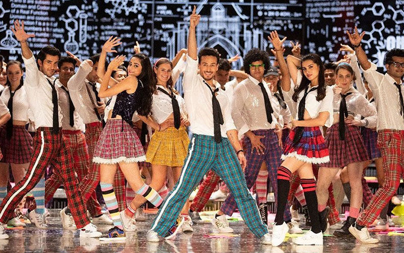 Student Of The Year 2, The Jawaani Song: Tiger Shroff, Ananya Panday, Tara Sutaria Add Spunk To Burman's Classic