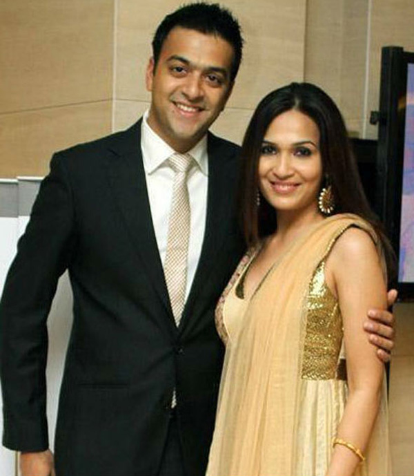 soudarya rajnikanth with husband ashwin