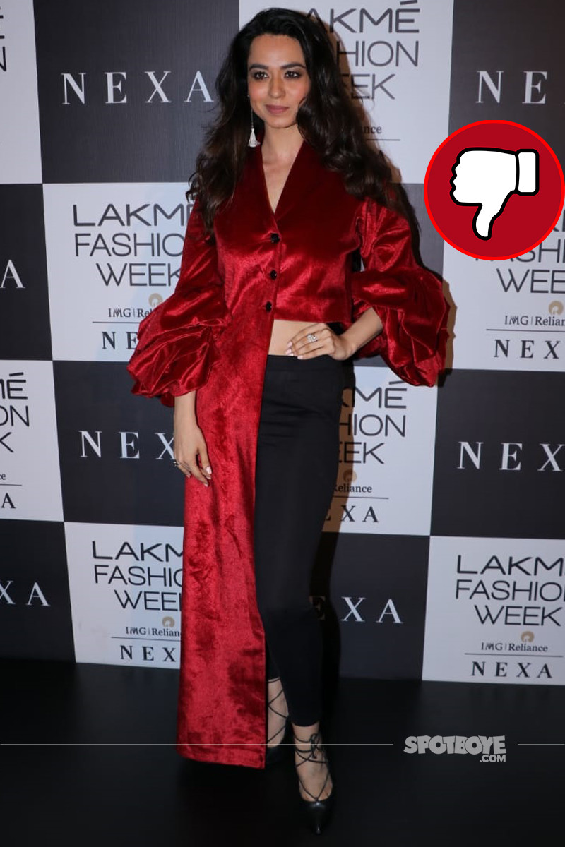 soundarya sharma snapped at lakme fashion week