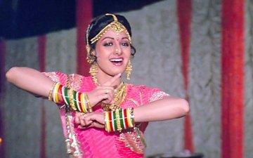 अलविदा श्रीदेवी: ये हैं बॉलीवुड की पहली महिला सुपरस्टार के 5 बेस्ट गाने