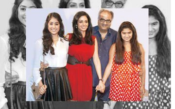 Whats Keeping Sridevi And Jhanvi Away From Boney And Khushi?