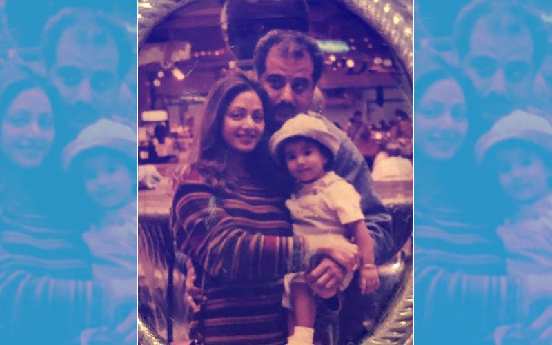 श्रीदेवी के जन्मदिन पर इमोशनल हुई जान्हवी कपूर, शेयर की मां के साथ थ्रोबैक तस्वीर
