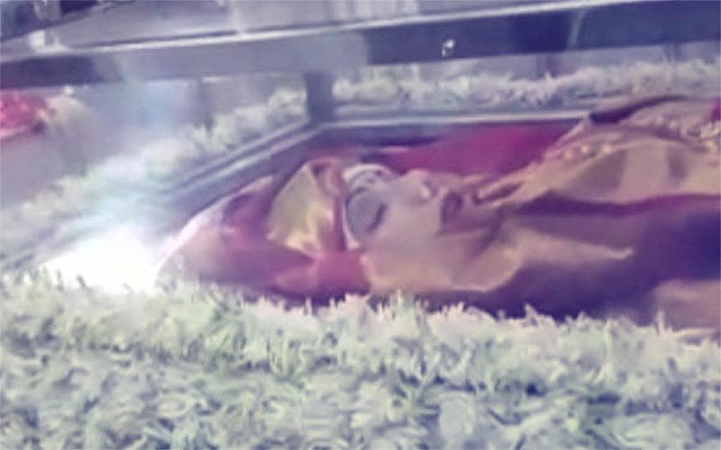 Inside Video From Sridevi's Prayer Meet: Last Look At Bollywood's Chandni