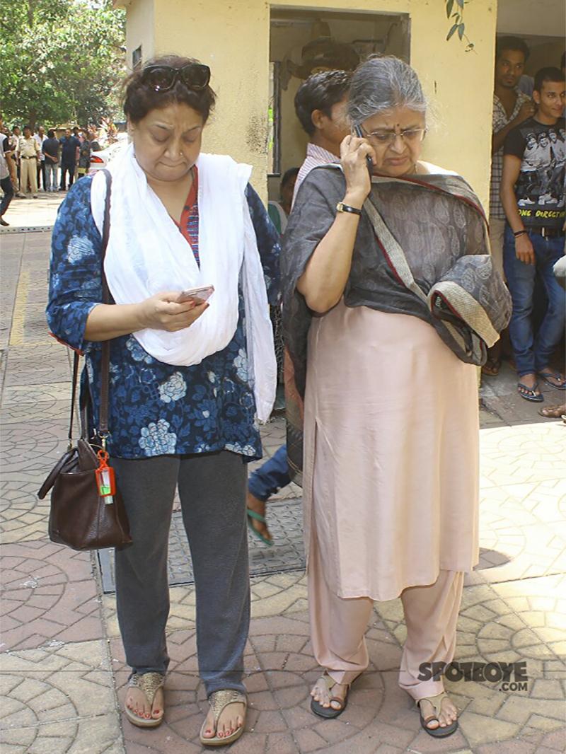 sulabha arya attend reema lagoos funeral