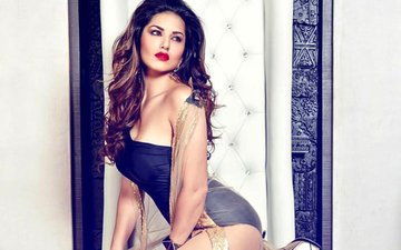 WHAT! Mass SUICIDE If Sunny Leone Performs In Bengaluru On New Year's Eve