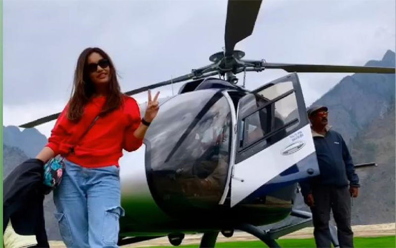 Naagin 3 Actress Surbhi Jyoti Poses In Front Of A Helicopter As She Blissfully Holidays In The Himalayas