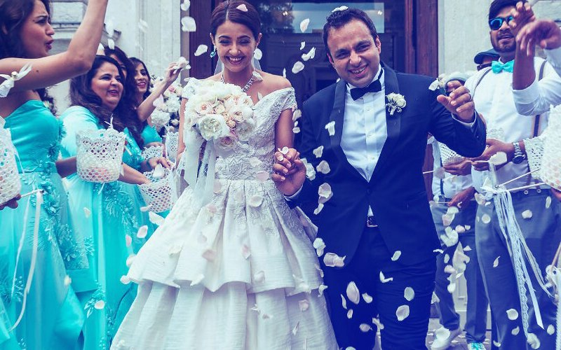 PICS From Surveen Chawla's SECRET WEDDING At An Italy Chapel In 2015