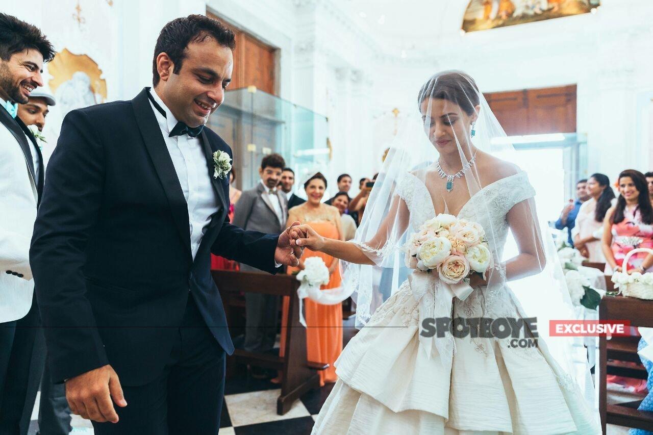 surveen chawla wedding pics 1