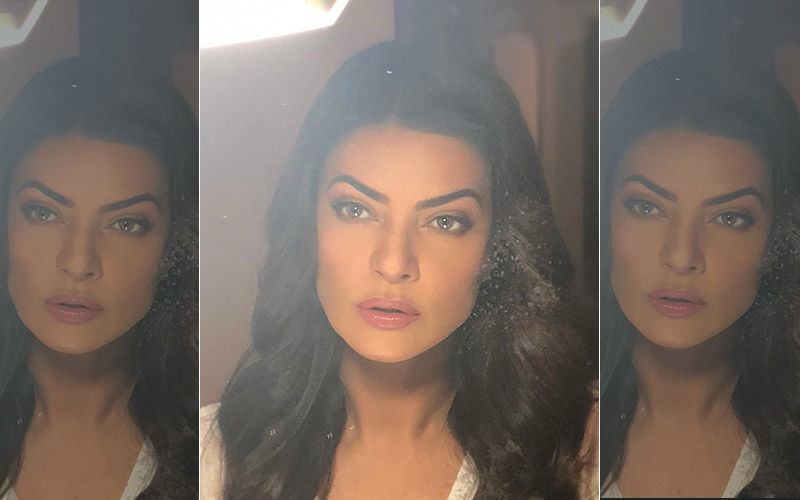Sushmita Sen Shares A Throwback Picture Of Her Younger, Not-So-Confident Self From Her School Days