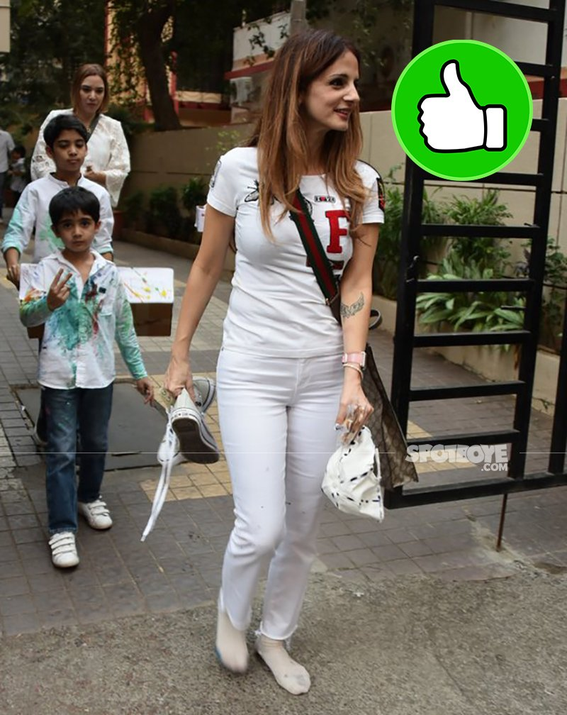 sussanne khan at ashishek kapoor daughter birthday party
