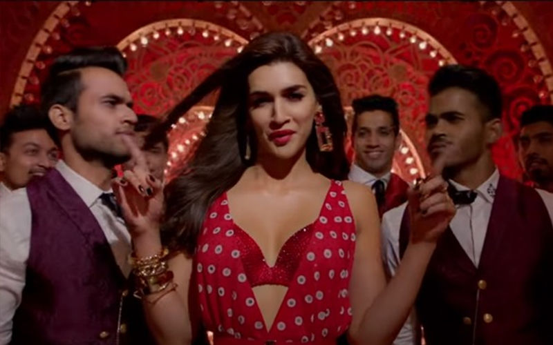 Kriti Sanon Dancing In The Aisles, Luka Chuppi About To Enter The 100 Crore Club!