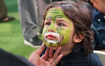 Taimur Ali Khan Roars At Yash And Roohi Johar's Birthday Bash; Gets Face Painted, Becomes Lion King