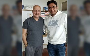 Tanhaji - The Unsung Warrior Star Ajinkya Deo Reunites With Anupam Kher In New York