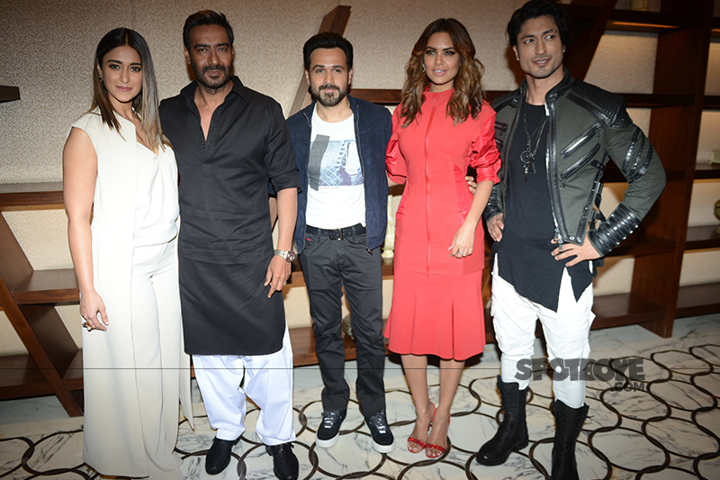team baadshaho snapped post promotions