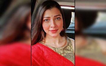 Tejaswini Pandit Looks Gracious In Pastel Saree And Indo-Western Jewelry