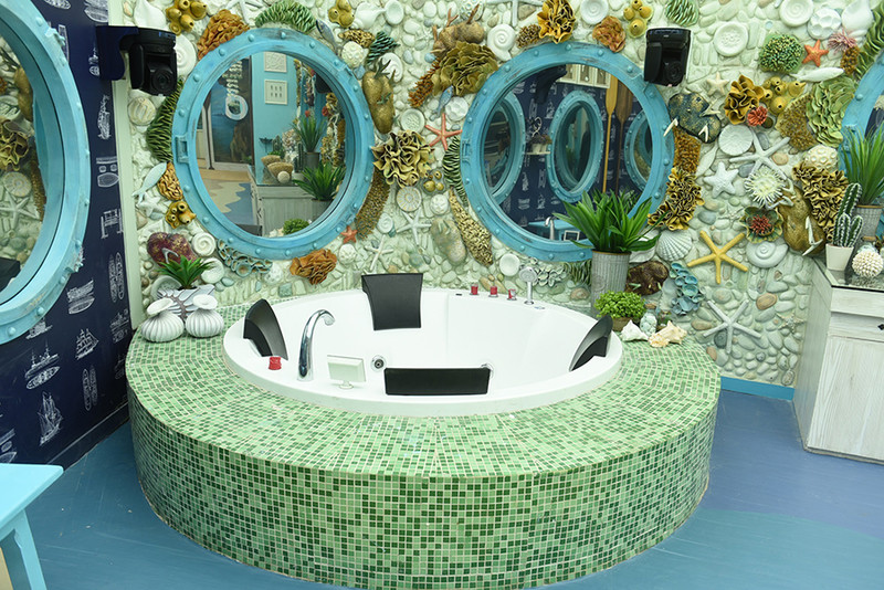 the jacuzzi in bigg boss 12