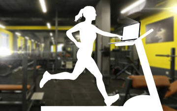 This Bollywood Wife Runs On The Treadmill With Her Laptop On!