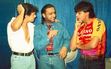 Throwback Thursday: Shah Rukh Khan & Aamir Khan's Plunging Neckline & Candid Conversation Picture Is Worth A Million