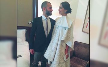 Sonam Kapoor's Husband Anand Ahuja Recalls His First Ever Snapchat To Sonam Kapoor; Pic Inside