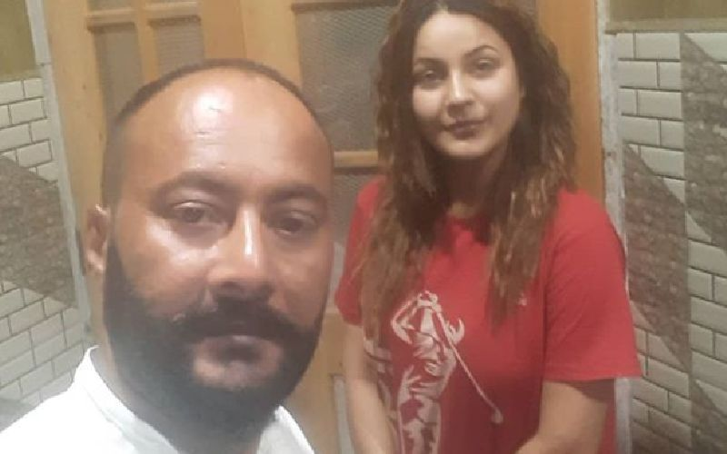 Shehnaaz Gill's Father Santokh Singh Rubbishes Claims Of A Lady Who Says He Raped Her At Gun Point; Speaks To A Punjabi Channel To Clear His Stand
