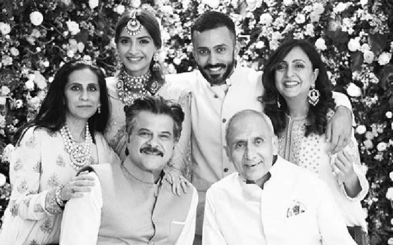 Sonam Kapoor Shares A Family Picture From Her Phenomenal Wedding With Anand Ahuja On Anniversary; Thanks Parents For Inspiration
