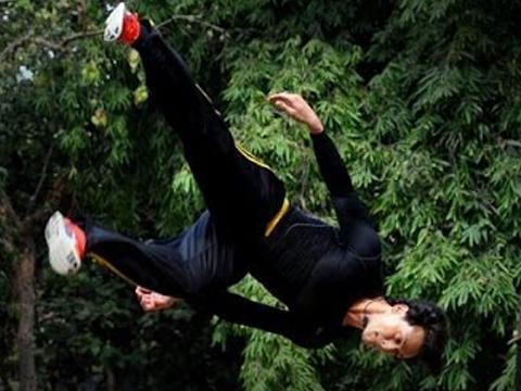 tiger shroffs famous stunt