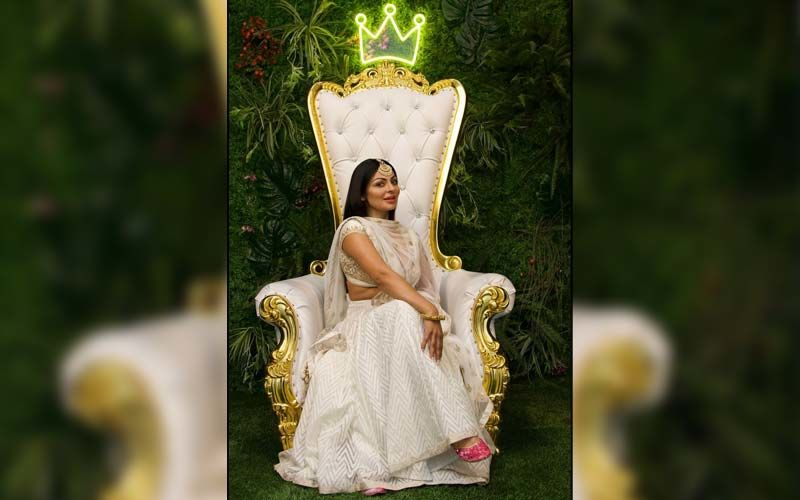 Phatte Dinde Chakk Punjabi: Neeru Bajwa Shares First Day Shooting Pic On Instagram