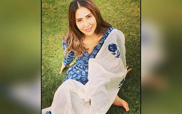 Kim Sharma Loves Sporting Bikinis And Has A Perfectly Toned Hot-Bod Tailor Made For Beach Wear- Pics Here